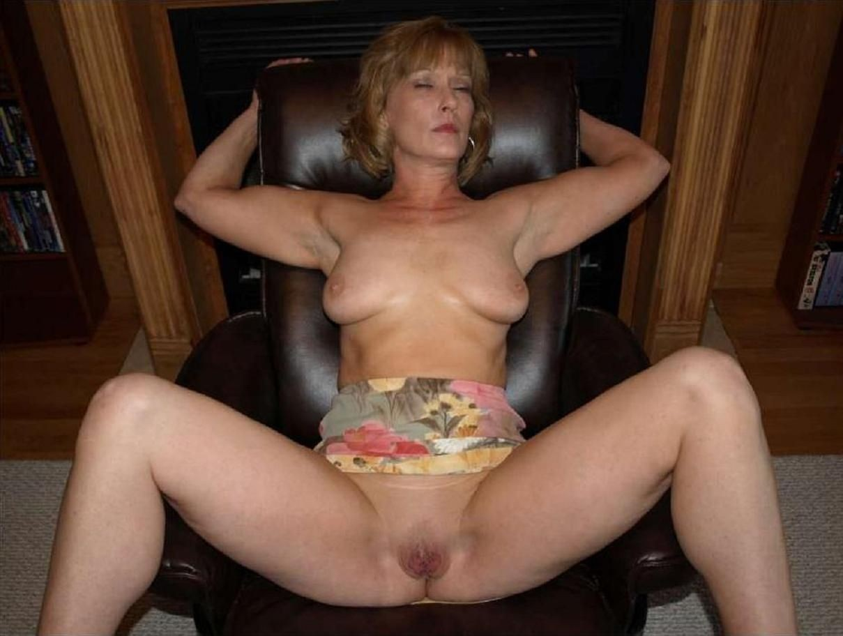 mature-nude-house-wives-gallery-women-beastality