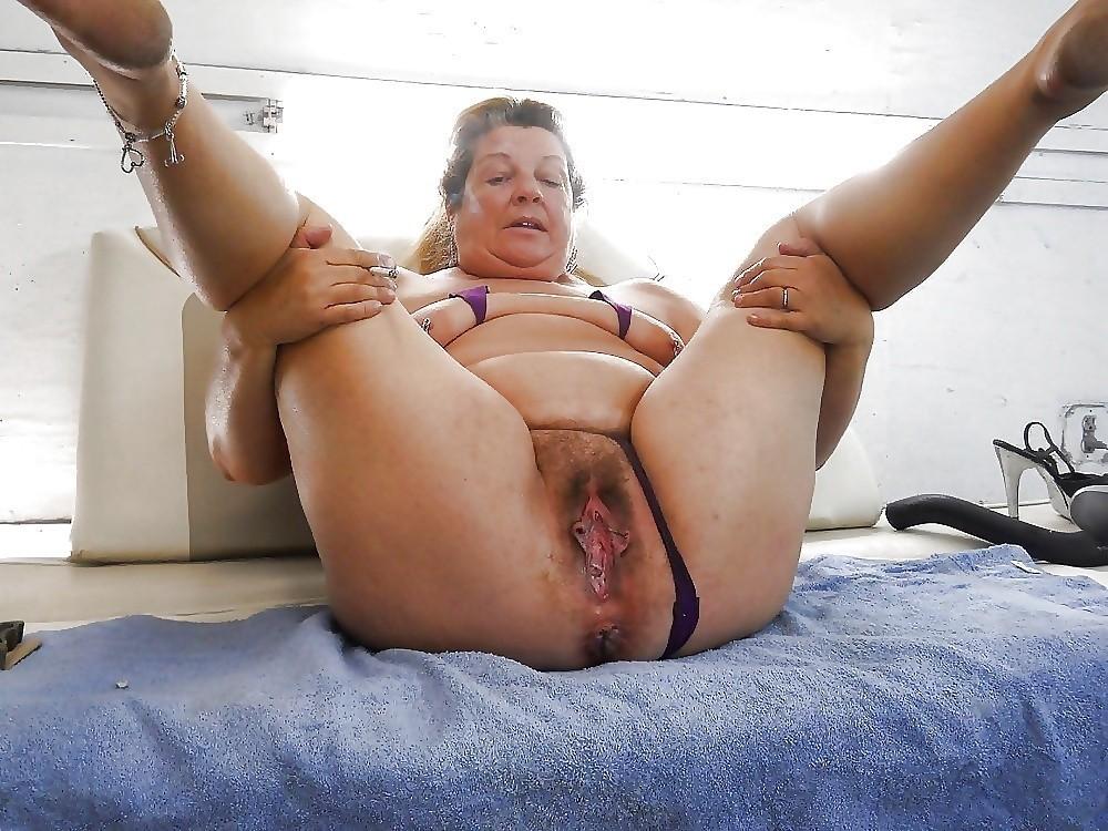 Omacash oma geil tame big tits pussy tattoo yes porn pics xxx