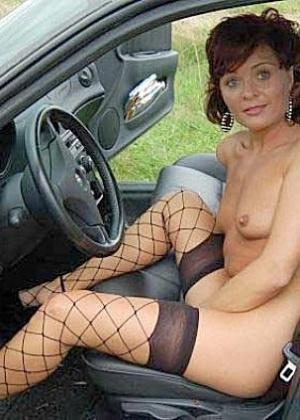 Голые в машине - подборка 011