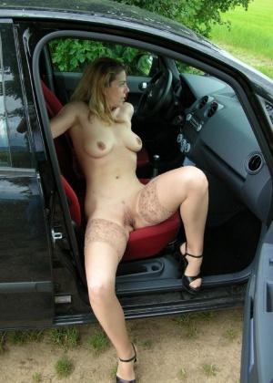 Голые в машине - подборка 013