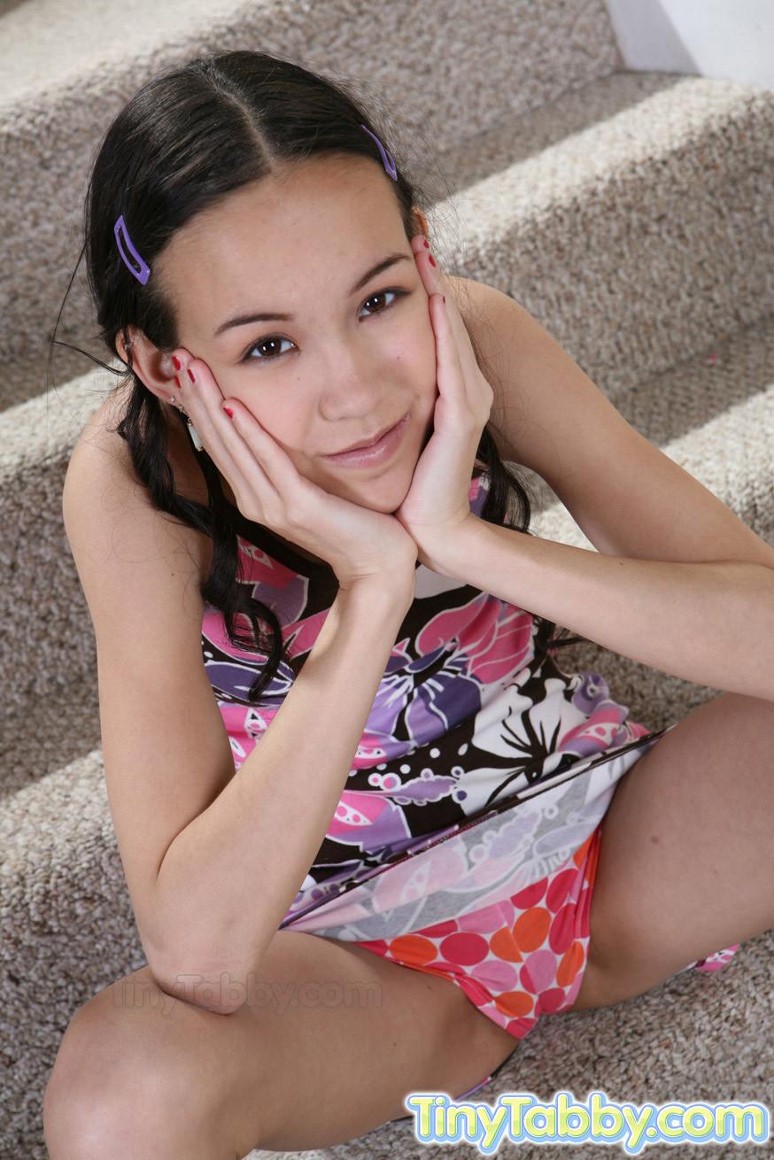 Amai Liu, Tiny Tabby - Азиатки - Галерея № 2945676
