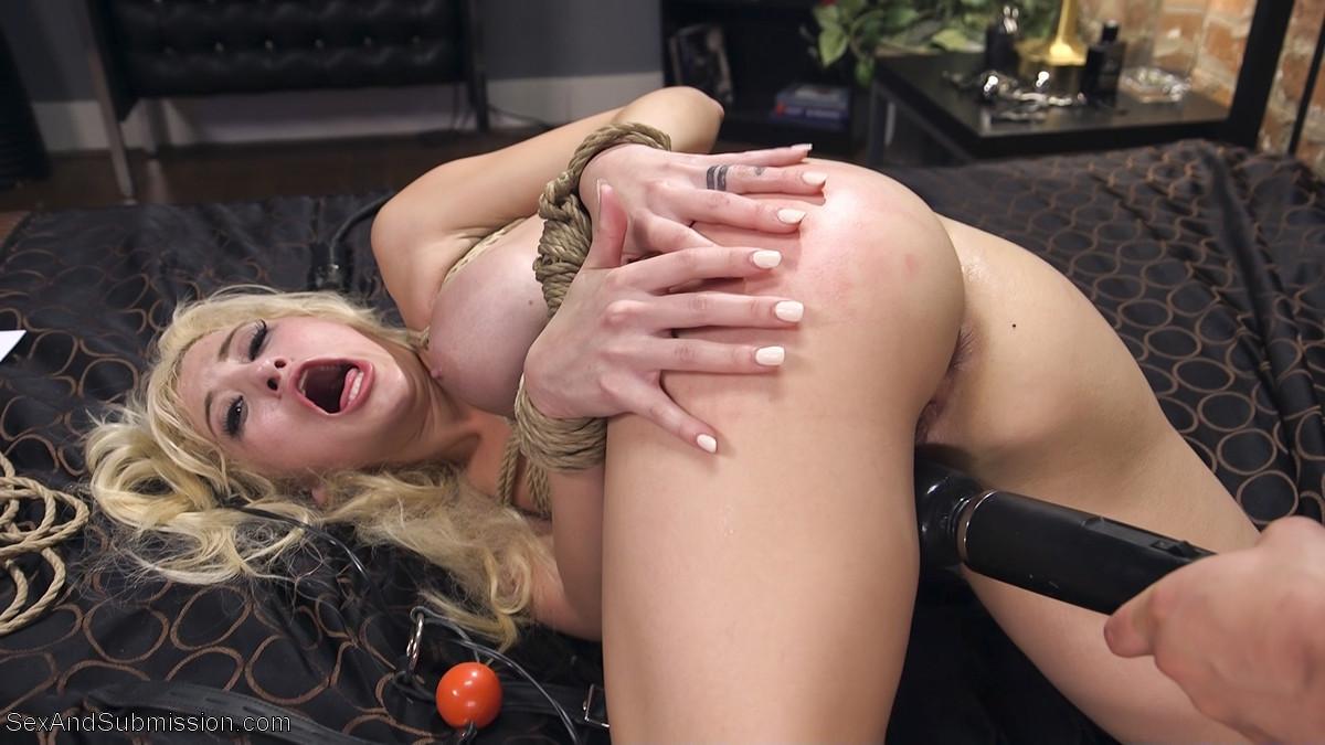 Cristi Ann, Seth Gamble - Анальный секс - Галерея № 3533796