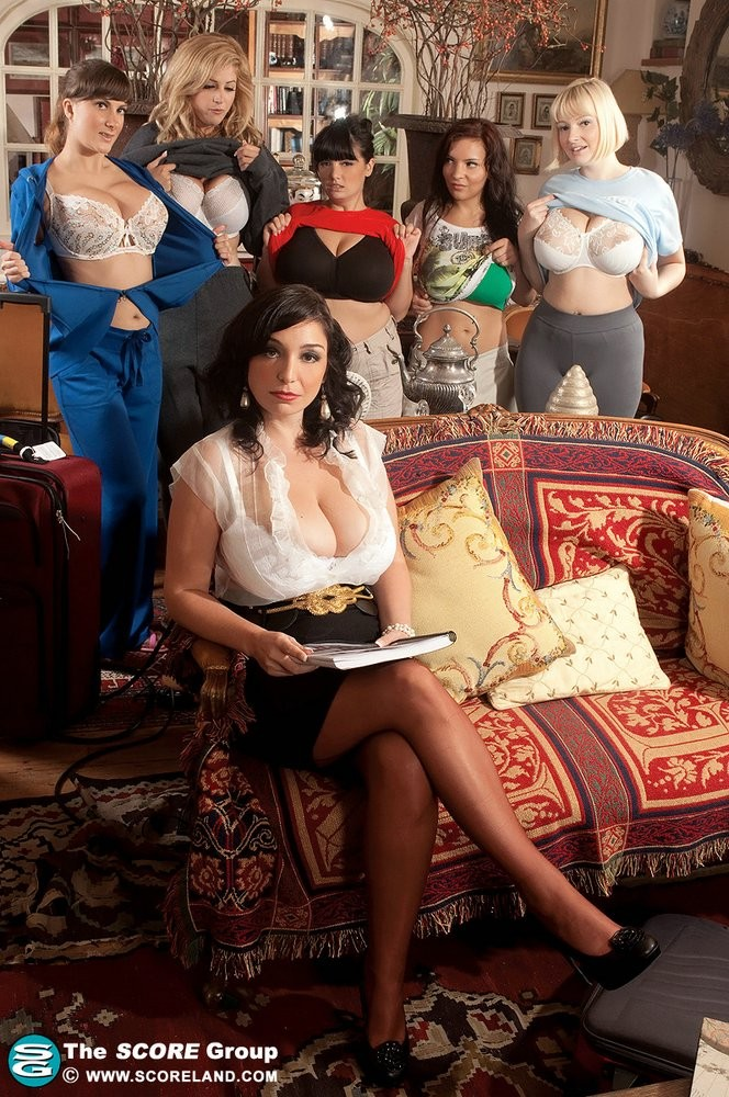 Michelle Monaghan, Eden Mor, Sophie Mei, Valory Irene, Arianna Sinn, Lana Ivan - Арабки - Галерея № 3374727