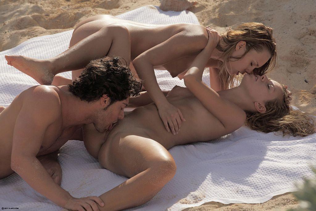 На пляже - Галерея № 3132210