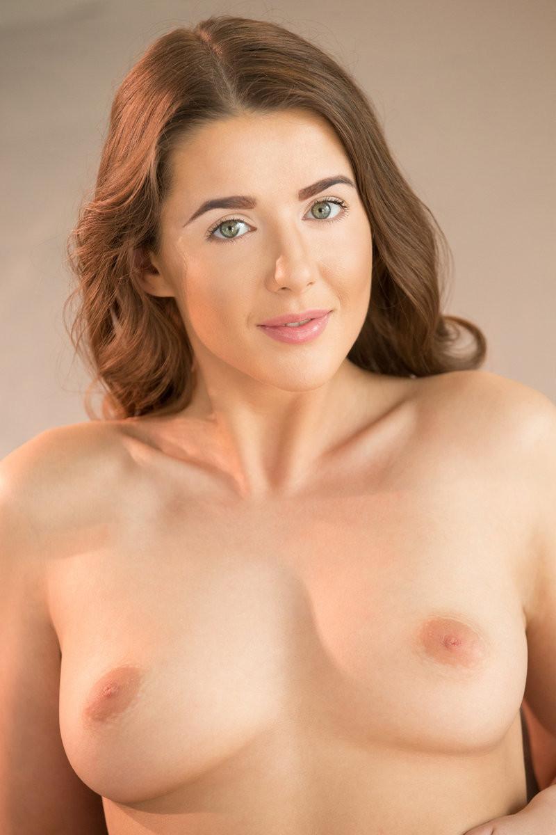 Sybil A - Брюнетки - Галерея № 3631230