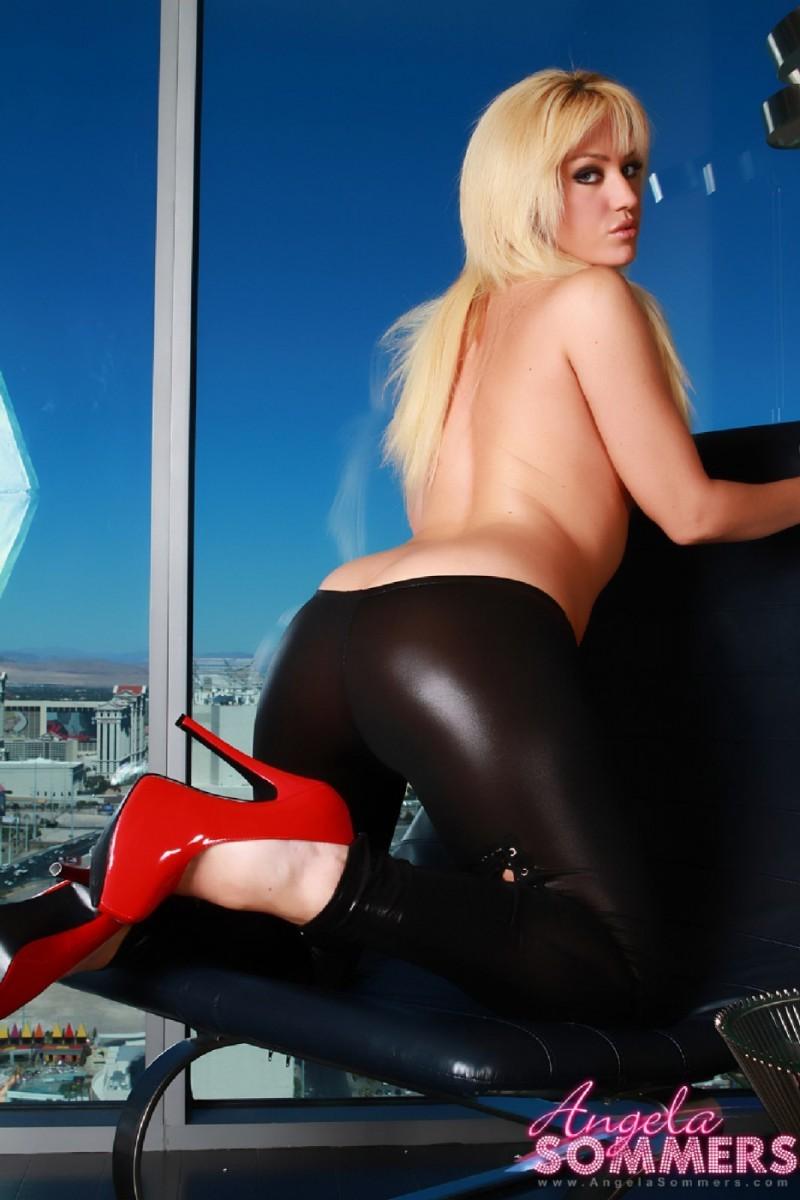 Angela Sommers - Блондинки - Галерея № 3550395