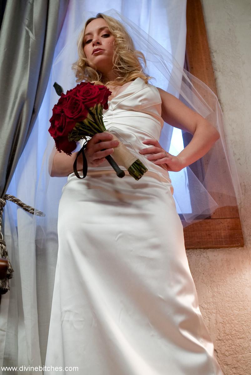 Aiden Starr, Bastian Daniels - Невесты - Галерея № 3435224