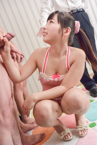 Японцы накормили спермой Sayaka Takahashi