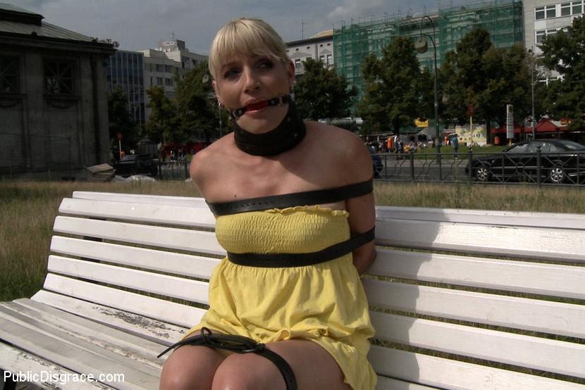 Uma Masome, Tommy Pistol - В автобусе - Галерея № 3413187