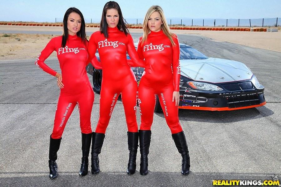 Girls car pics