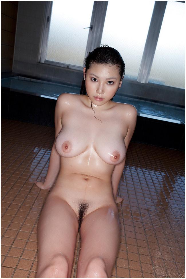 Грудастые азиаточки