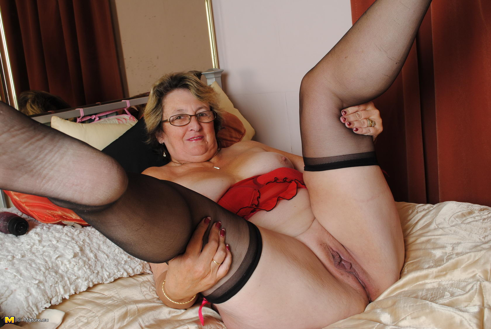 Old Lady Granny Pic, Free Women Gallery