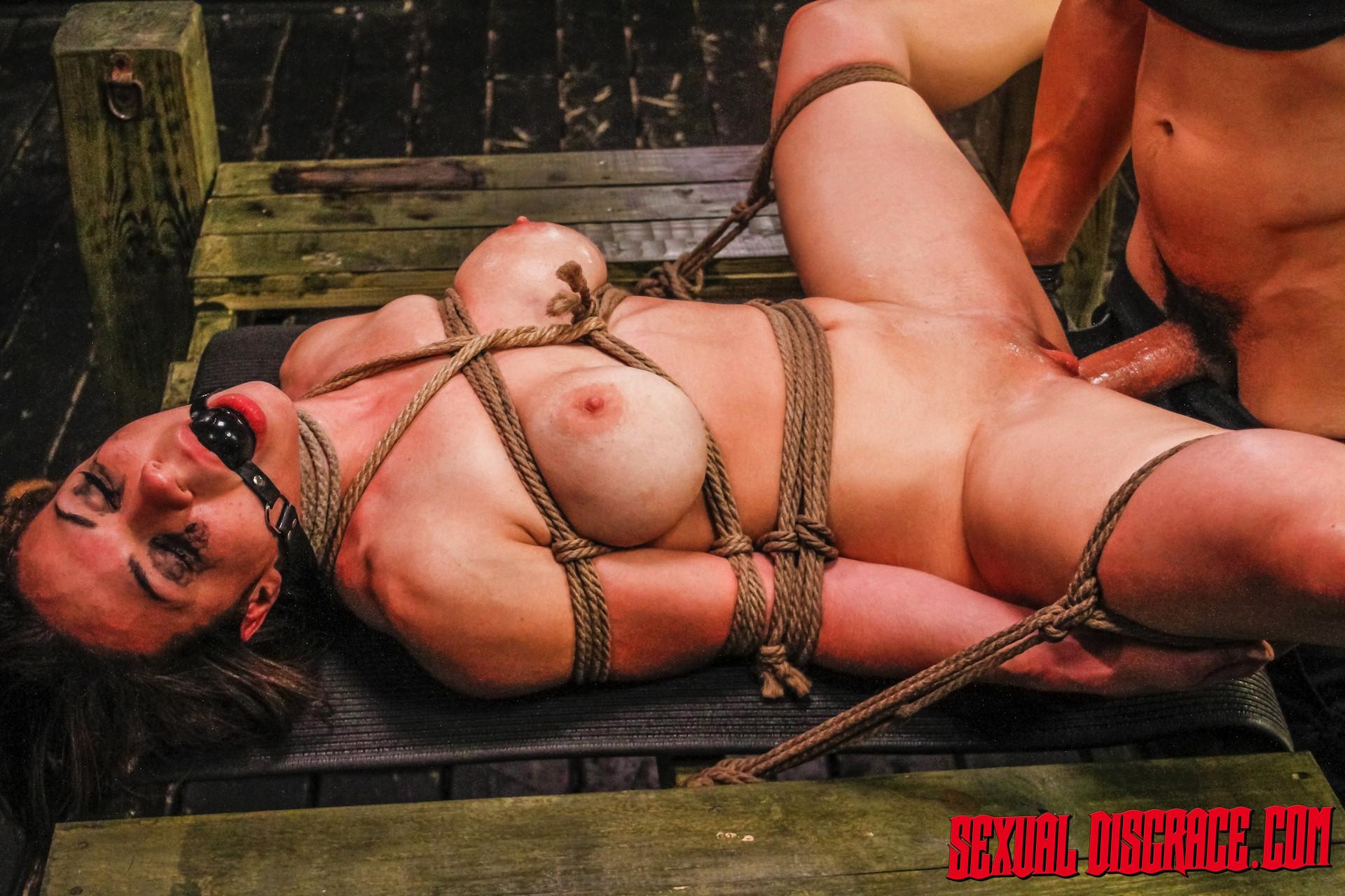 Kylie Rogue - Глубокая глотка - Галерея № 3540269