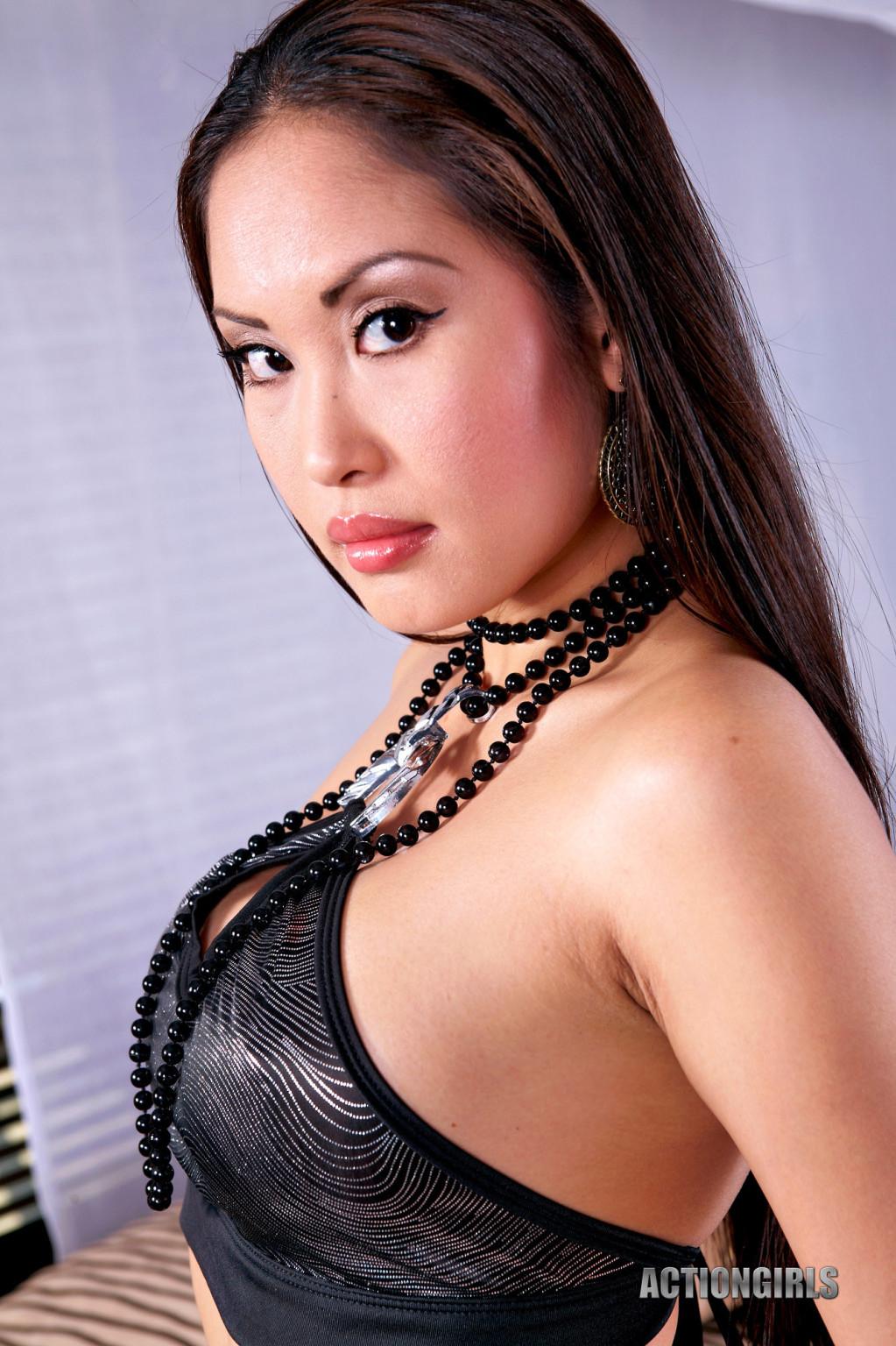 Danika Flores, Davon Kim - Филиппинки - Галерея № 3454423