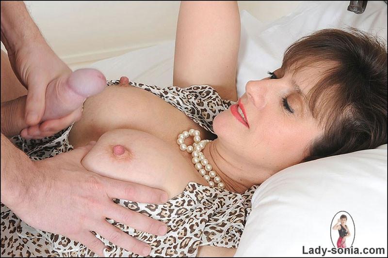 Lady Sonia - Сперма на лицо - Галерея № 3598314