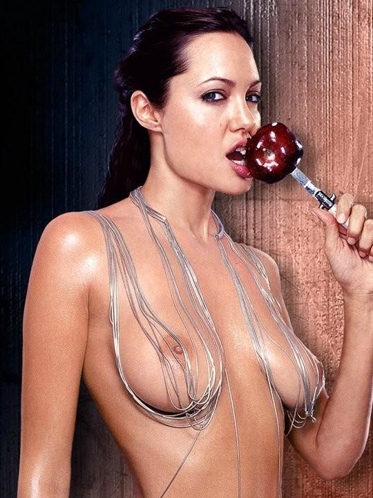 Angelina jolie nua