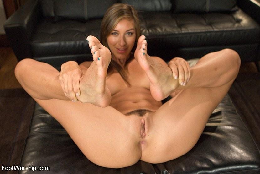 Rilynn Rae, Cliff Adams - Красивые ножки - Галерея № 3422909