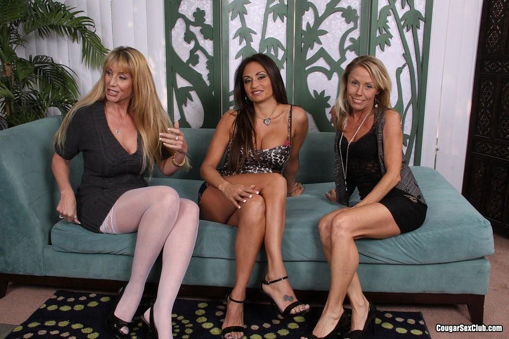 Nikki Charm, Claudia Valentine, Olivia Parrish - Вчетвером - Галерея № 3424419