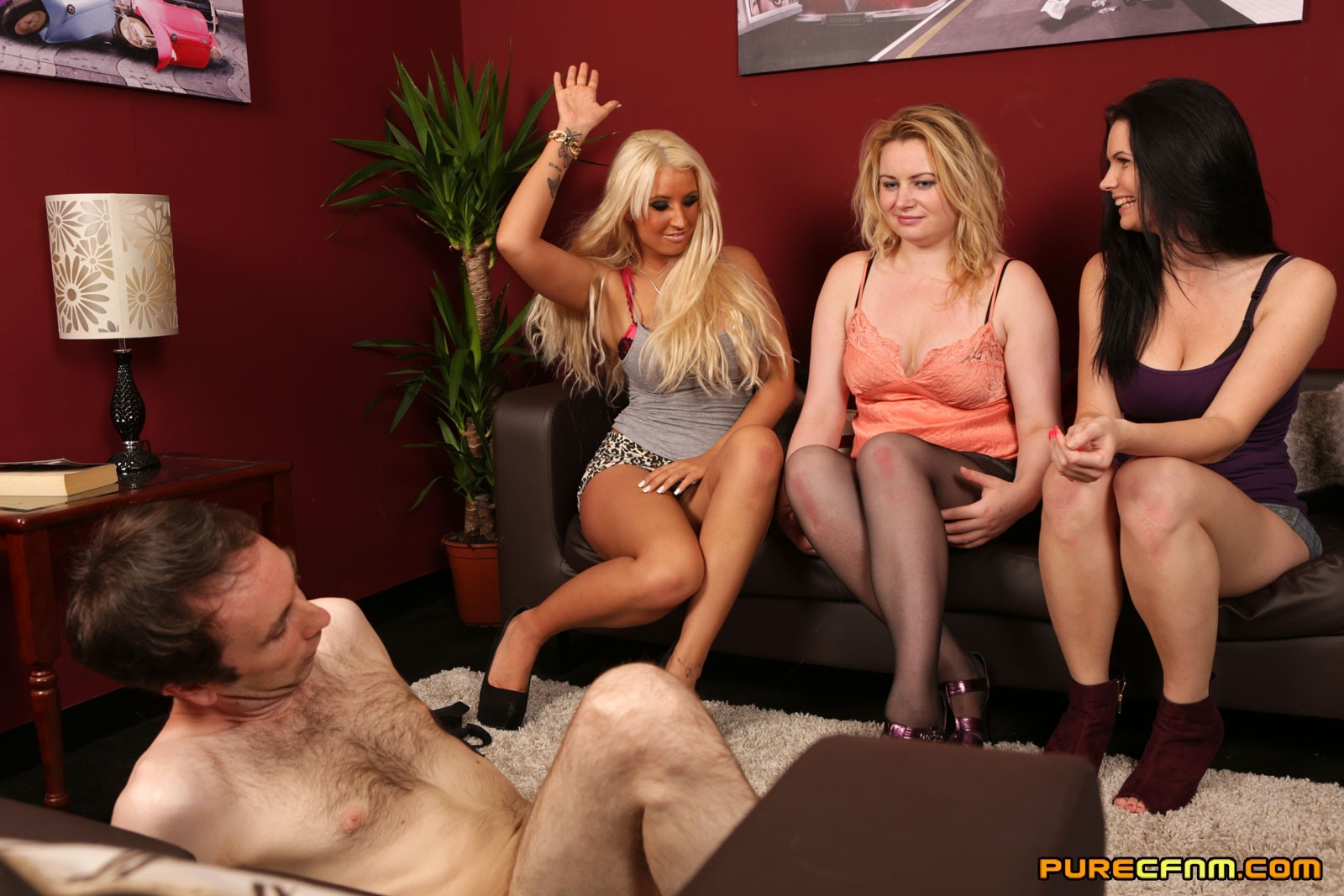 Три женщины и безвольный мужчина