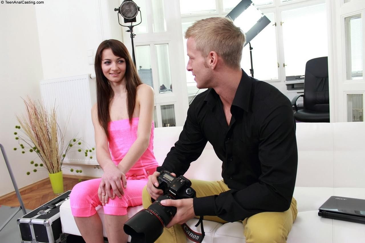 Aimee Ryan - Дырки - Галерея № 3500576