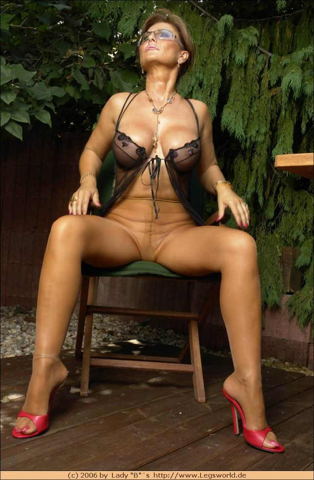 Lady Barbara Porn Pictures
