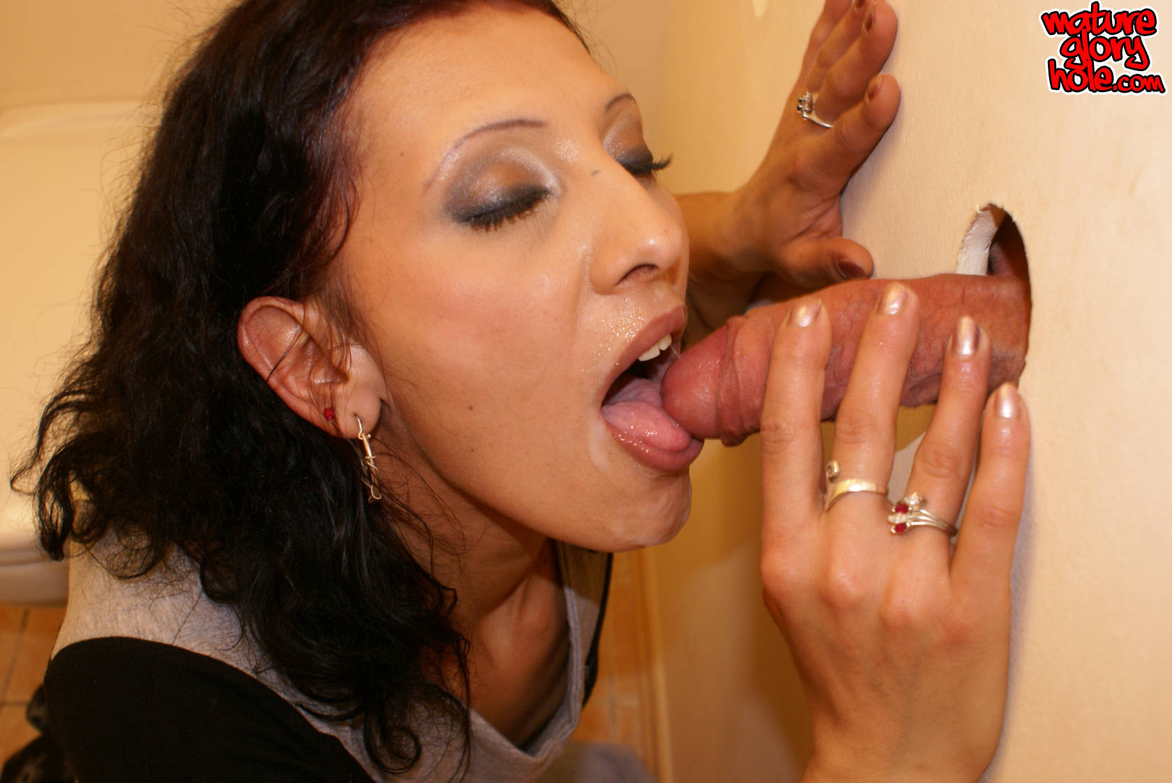 Gloryhole pics on hot