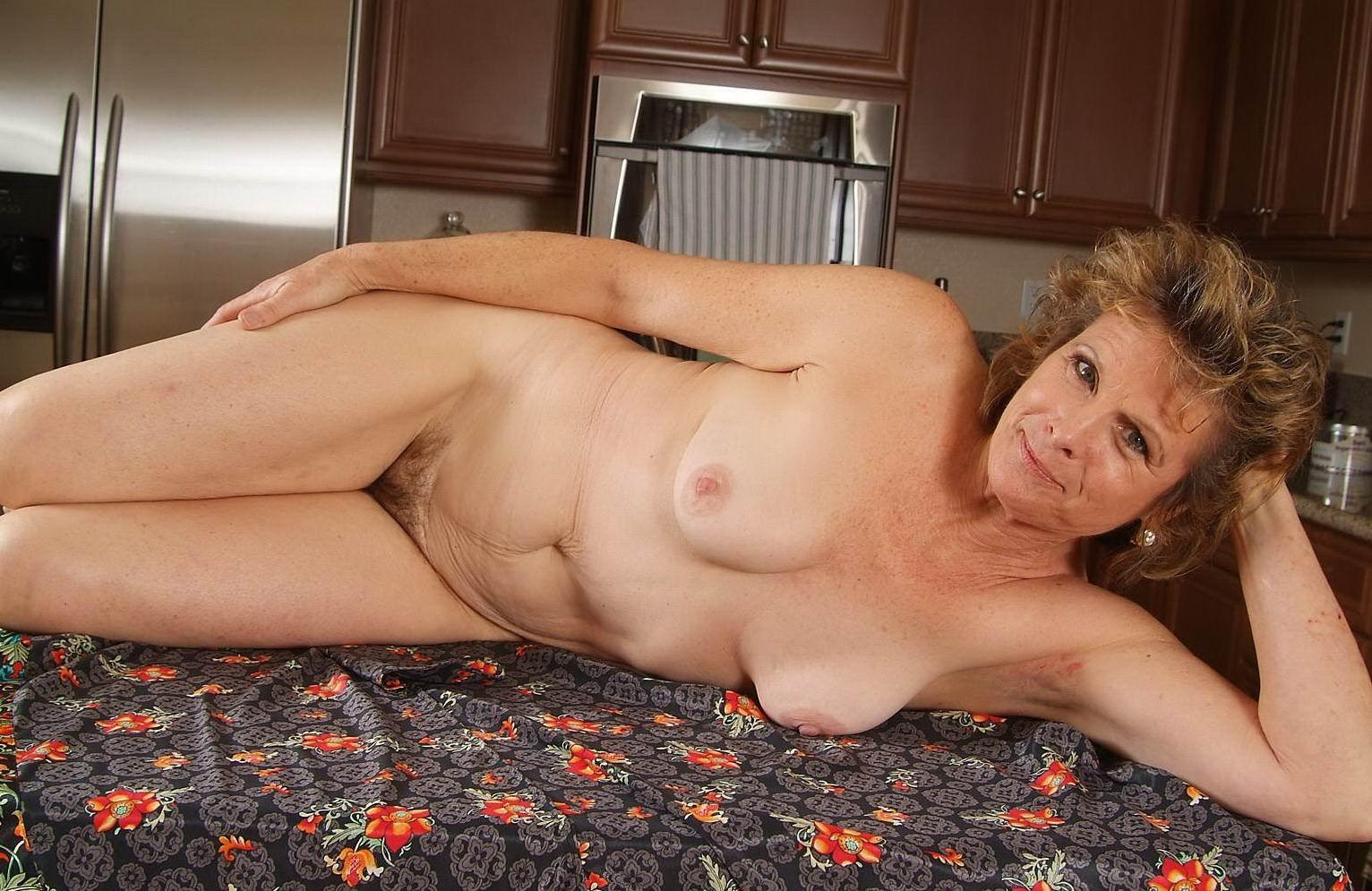 galleries-of-hot-mature-women
