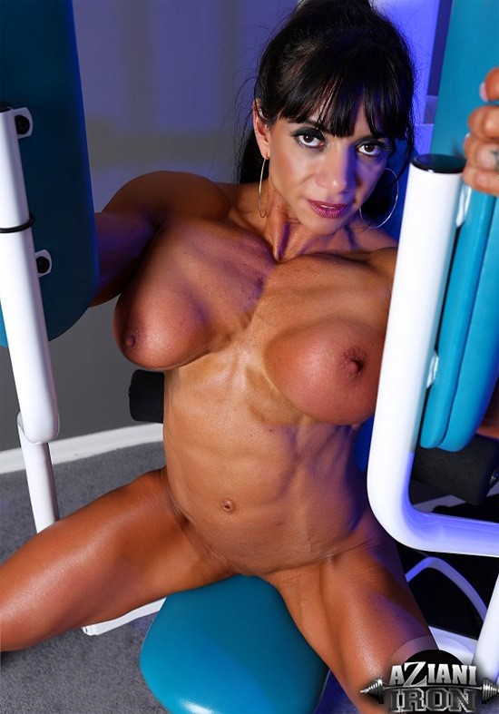 Bodybuilder Marina Lopez Shows Her Fake Tits While Displaying Muscles Hqporner 1