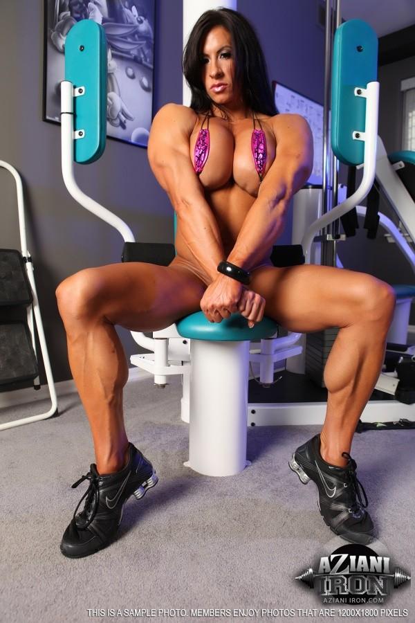 Angela Salvagno - В спортзале - Галерея № 3407217
