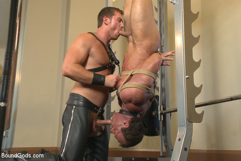 Bodybuilders derek pain and vince ferelli are tied up and