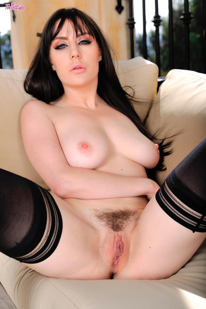 Samantha Bentley - В гостинице - Галерея № 3407755