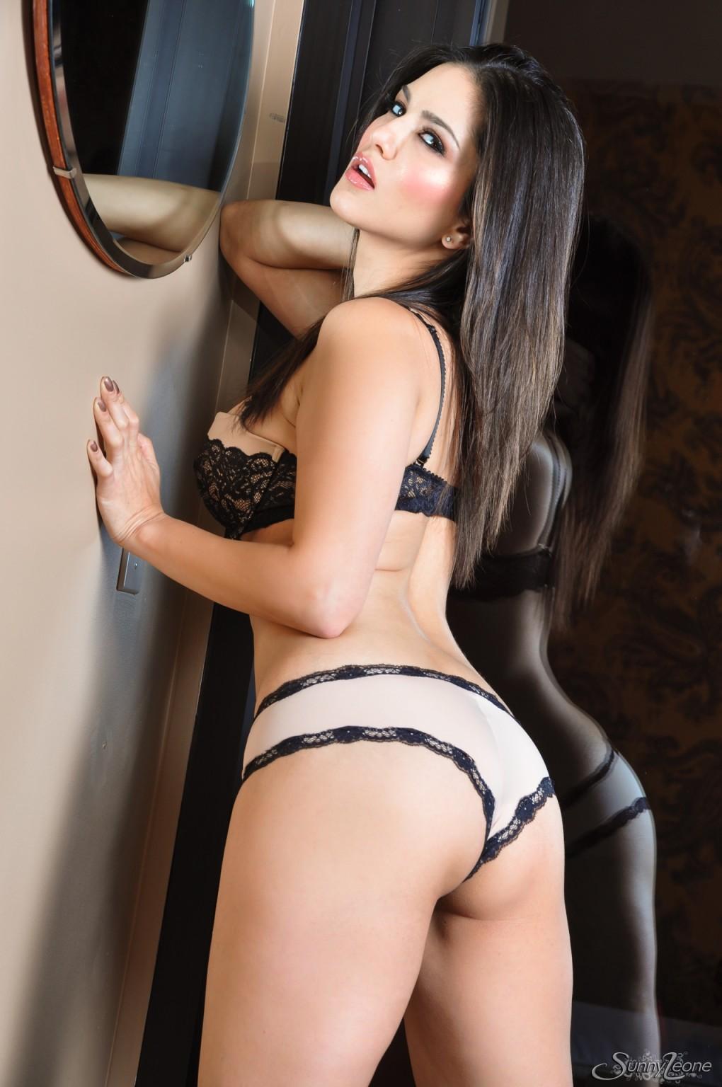 Sunny Leone - Итальянское - Галерея № 3407086