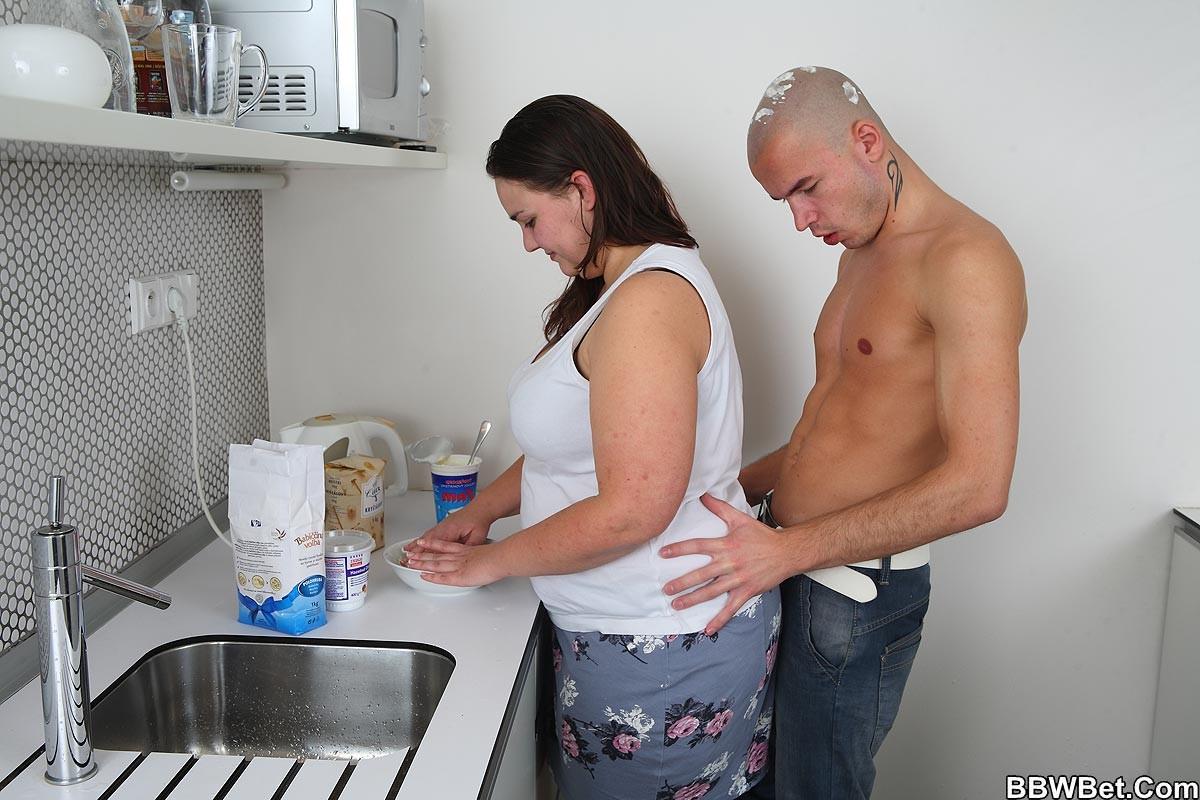 На кухне - Галерея № 3468913