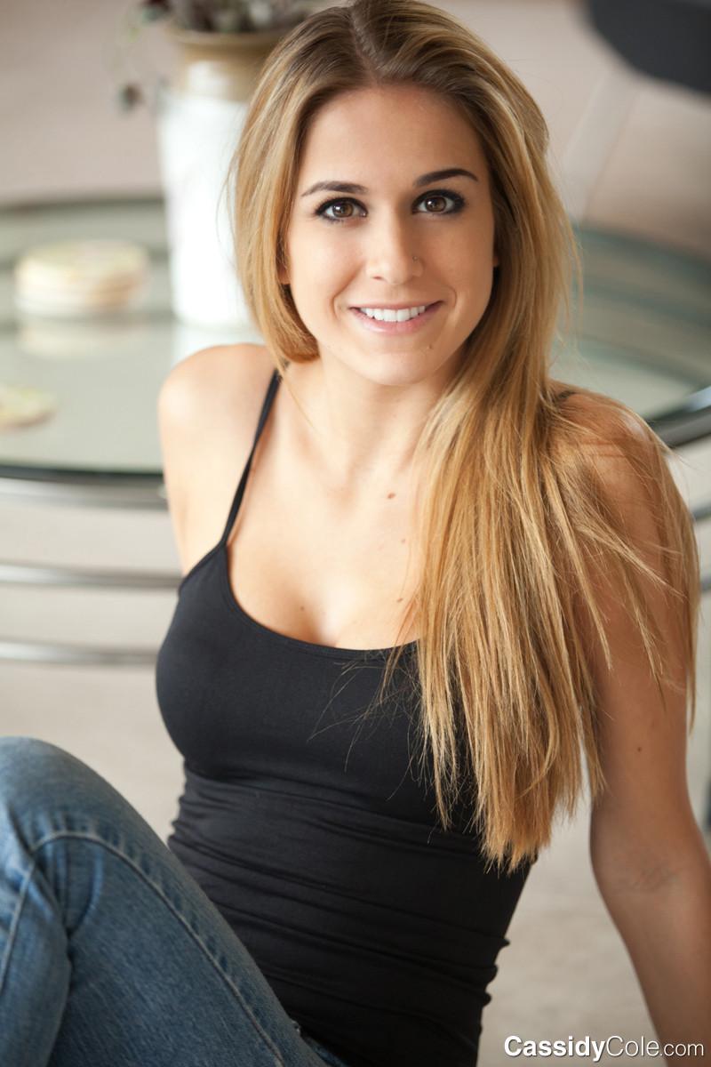 Cassidy Cole - Джинса - Галерея № 3373834