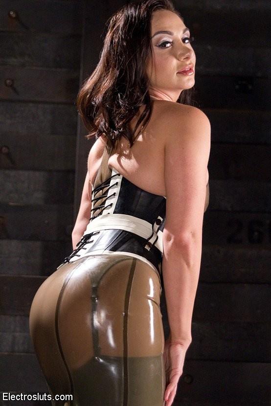 Lea Lexis, Sasha Banks - Латекс - Галерея № 3446893