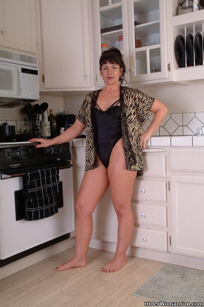 На кухне - Галерея № 3414739