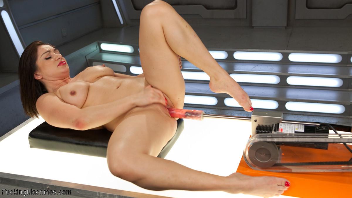 Lea Lexis - Секс машина - Галерея № 3476357