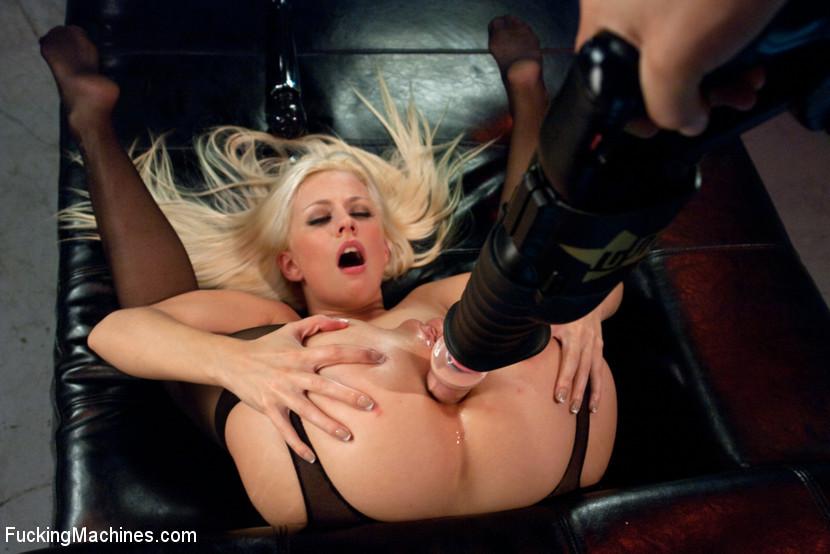 Jessie Volt - Секс машина - Галерея № 3354193