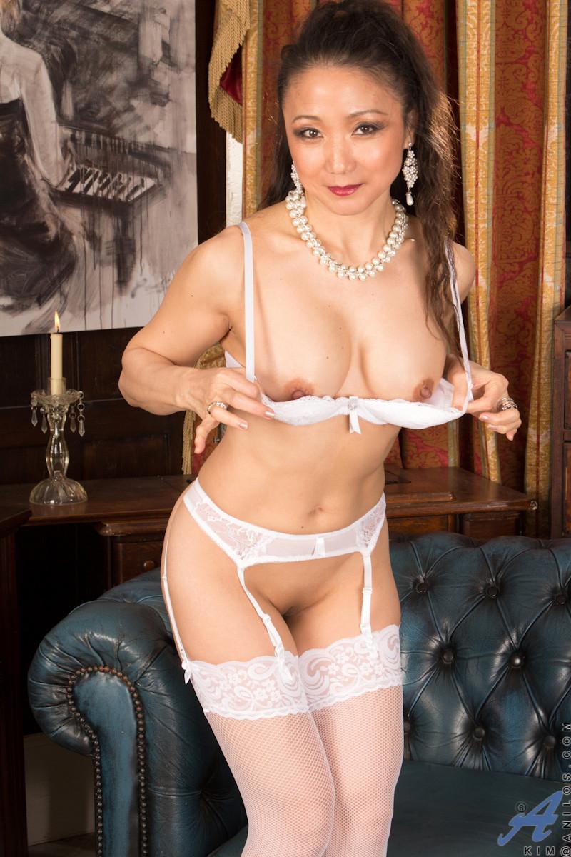 Зрелая женщина - Галерея № 3499428