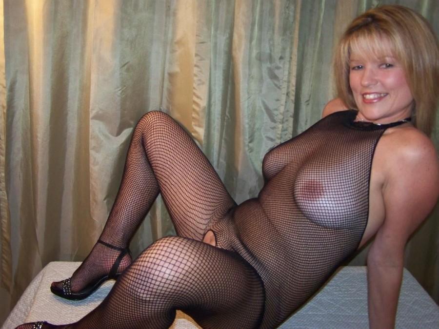 Зрелая женщина - Галерея № 3053937