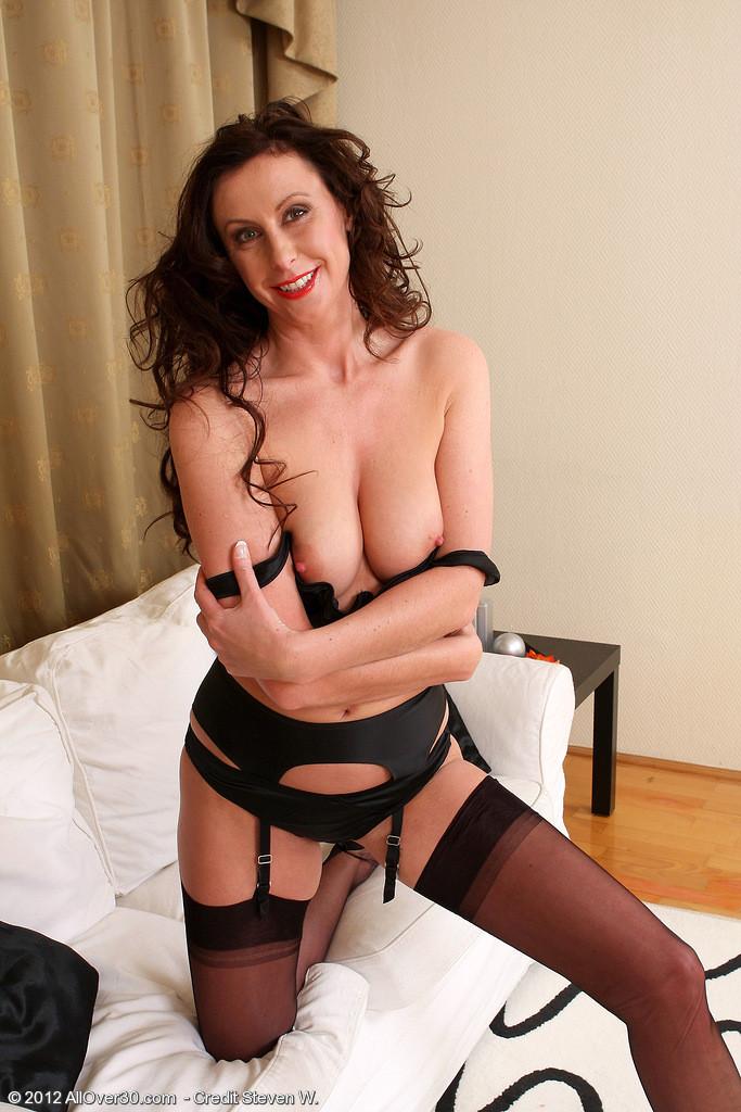 Lara Latex - Зрелая женщина - Галерея № 3230416