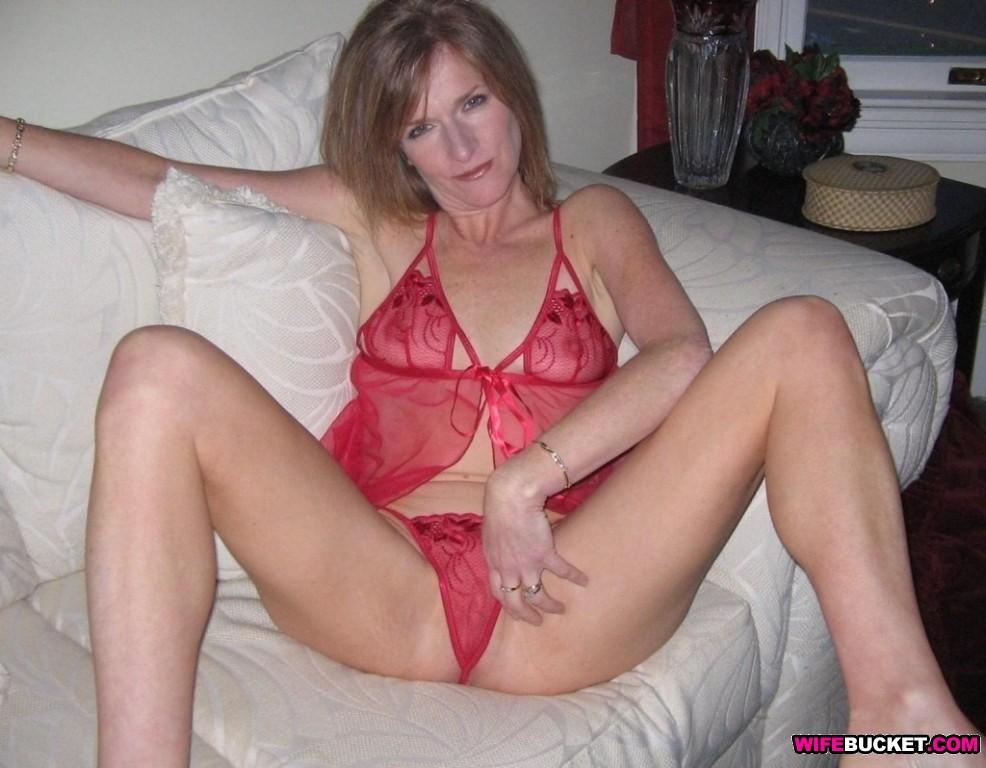 Зрелая женщина - Галерея № 3491473