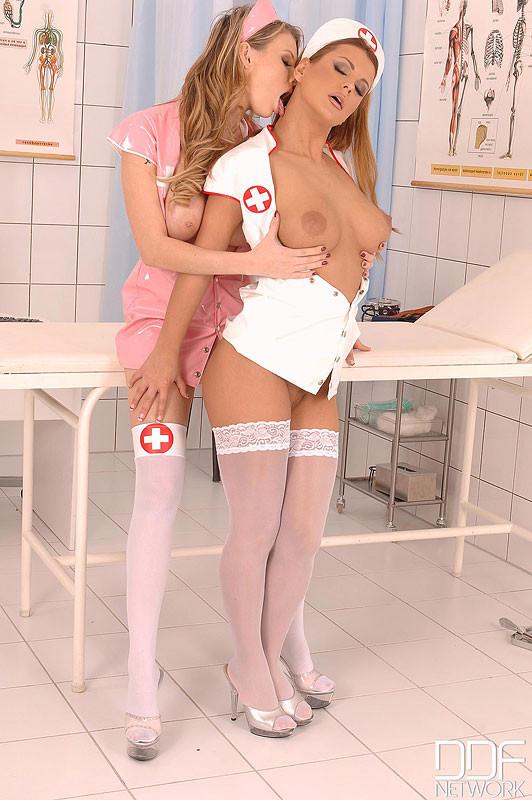 Tarra White, Dorothy Black - Медсестра - Галерея № 3451461