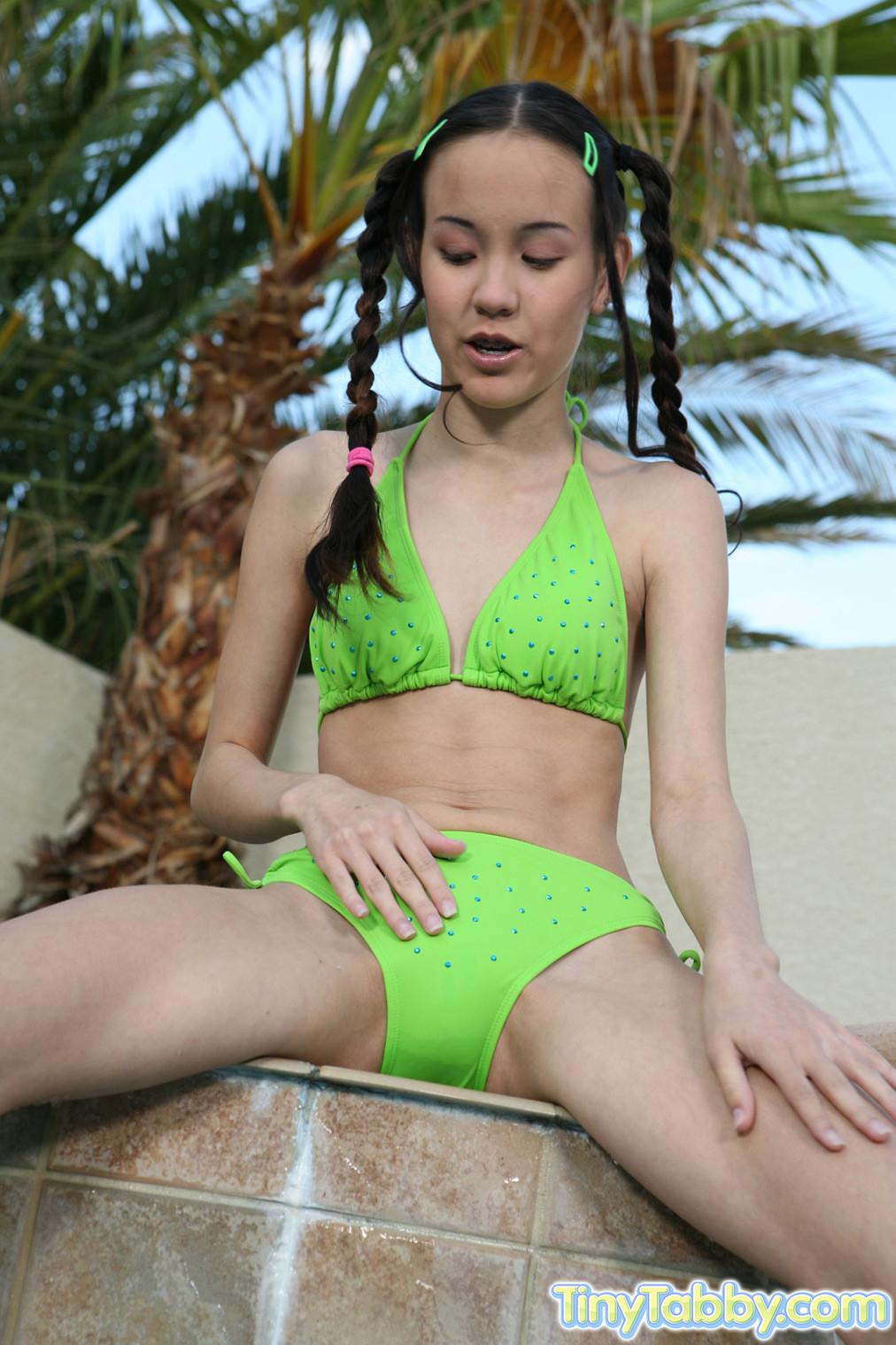 Amai Liu, Tiny Tabby - Соски - Галерея № 2964695