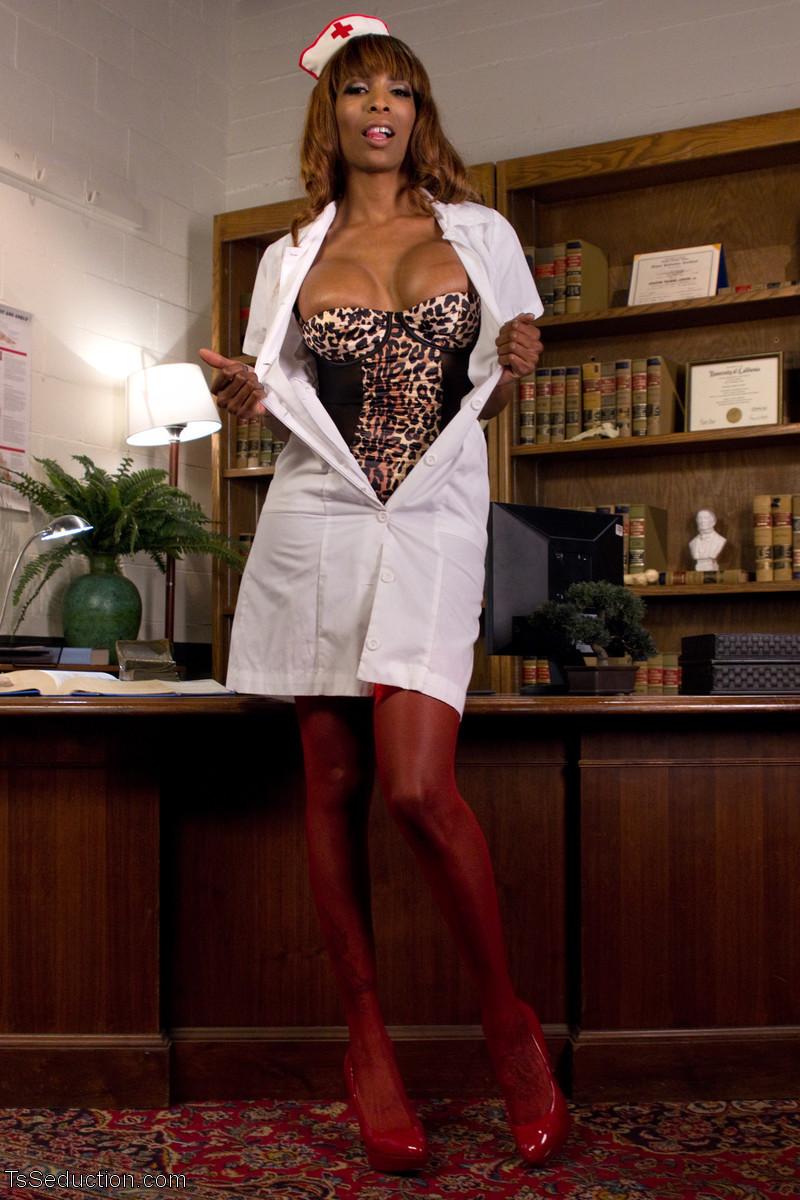 Reed Jameson, Natassia Dreams - Медсестра - Галерея № 3516417