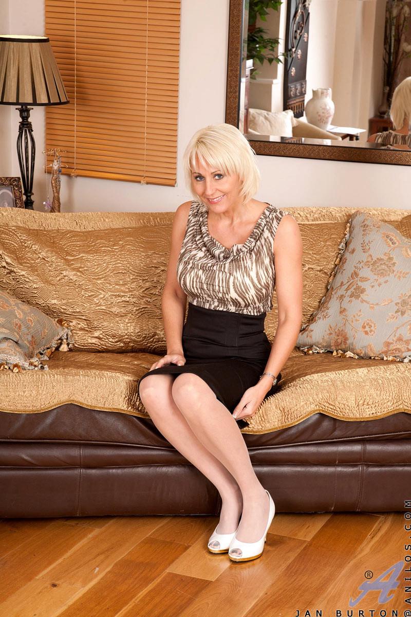 Зрелая женщина - Галерея № 3491604