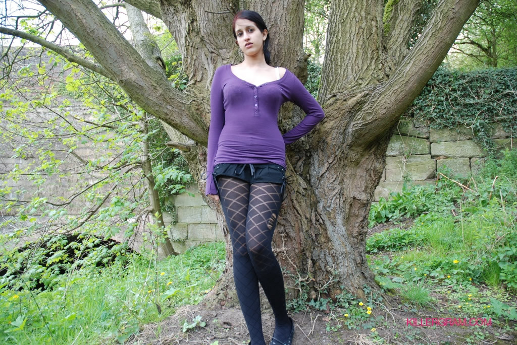 Zarina Masood - В колготках - Галерея № 3409882