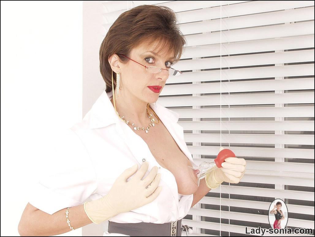 Lady Sonia - Медсестра - Галерея № 3409725