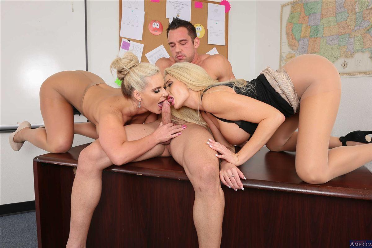 Amateur Threesome Ffm Cam