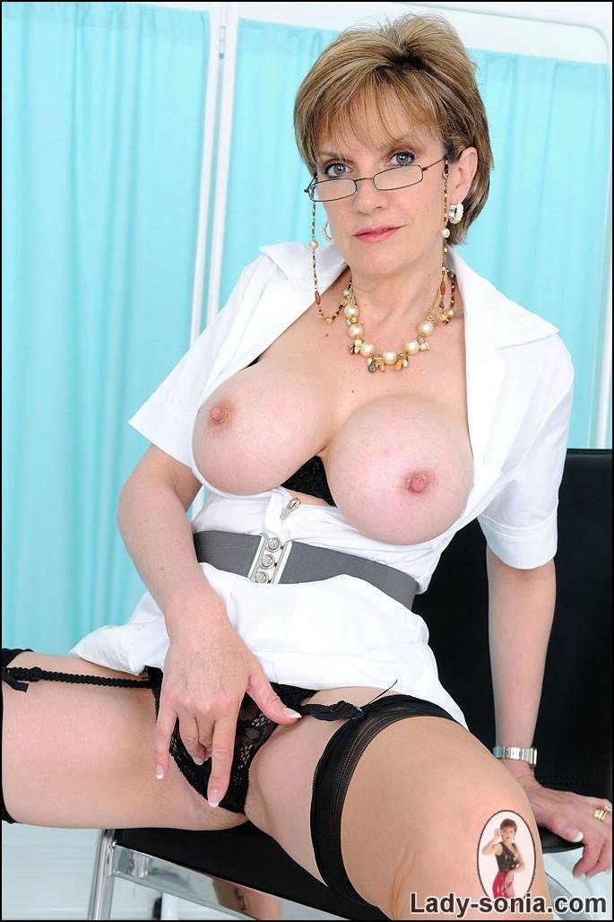 Lady Sonia - Медсестра - Галерея № 2741452